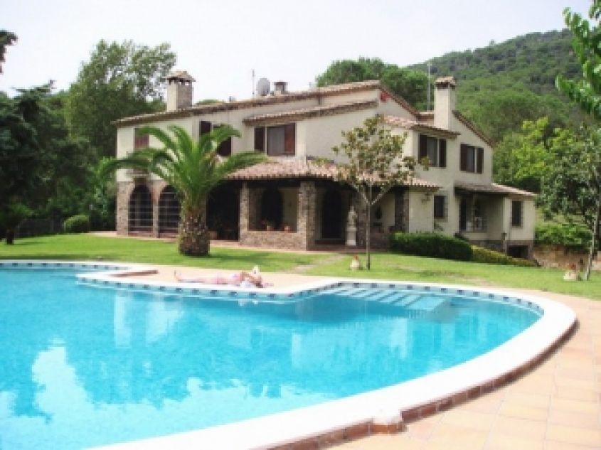 Жилья дома в испании